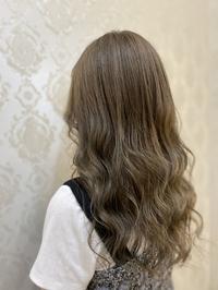 【 ミントベージュ 】20代 ハイトーン 美髪  ミルクティベージュ